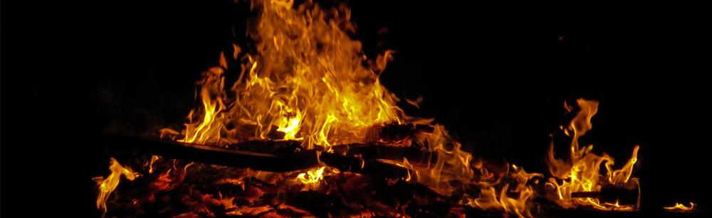 Mise en garde quant aux dangers du brûlage de branches